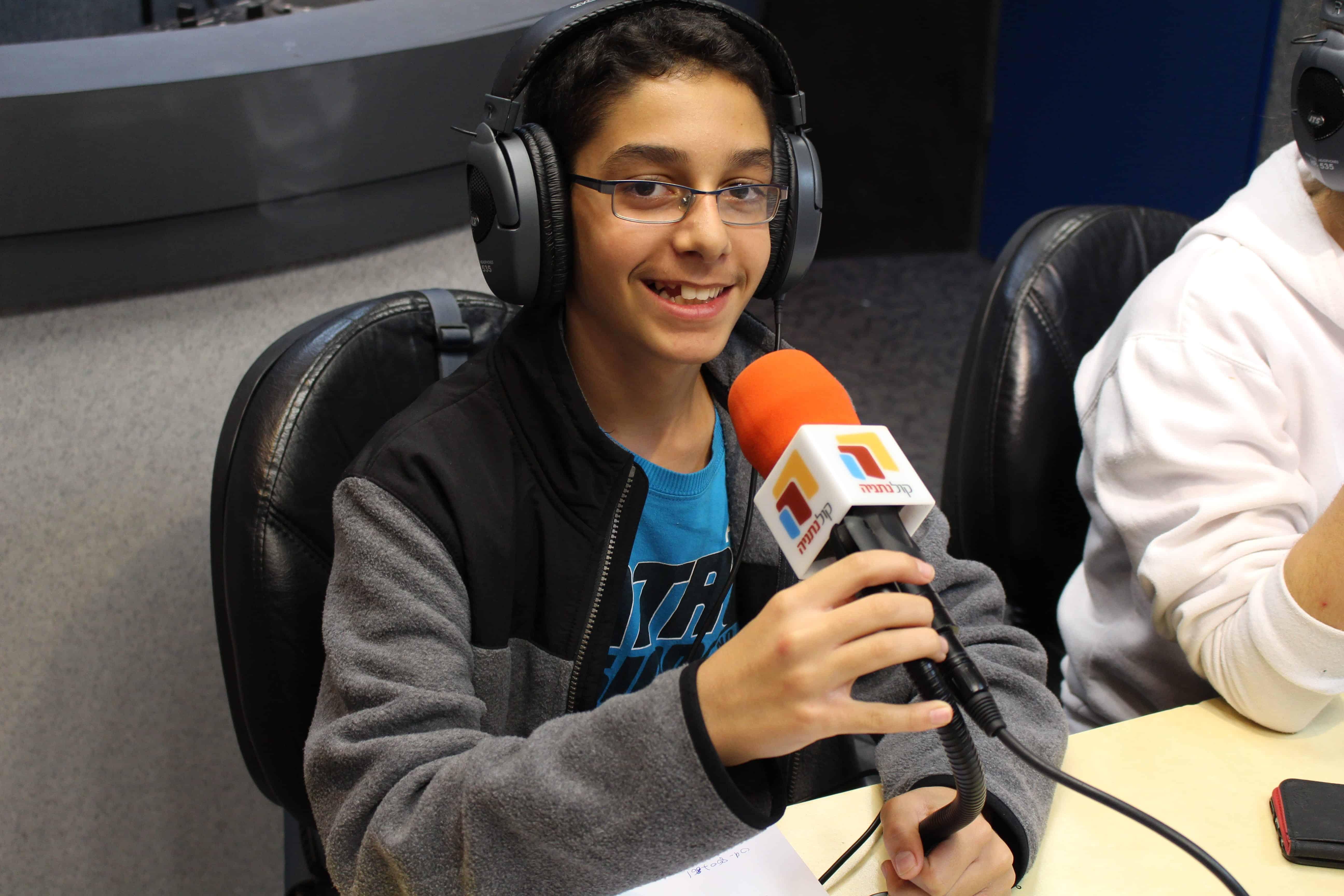 ביקור ברדיו 4-min