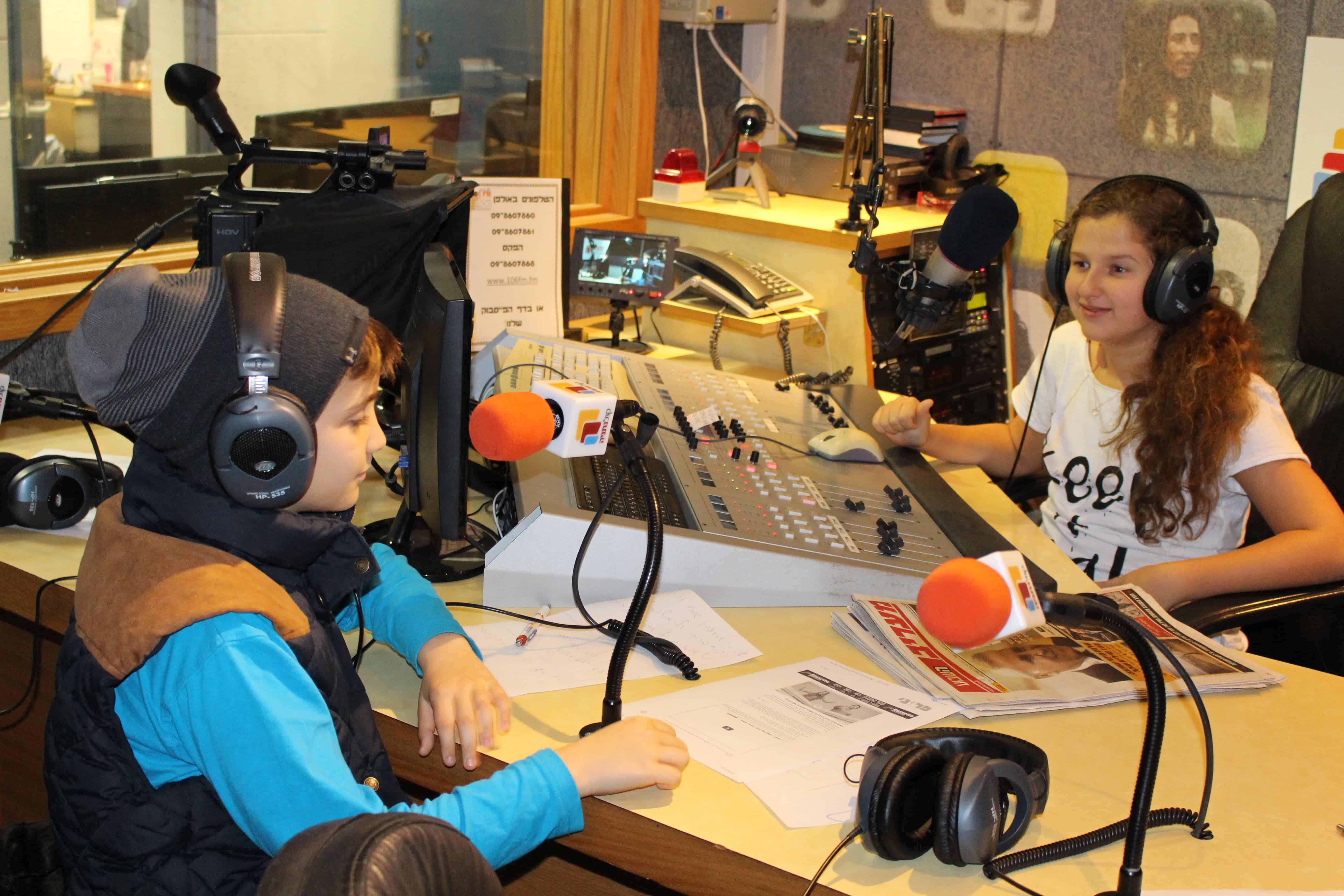ביקור ברדיו 2-min